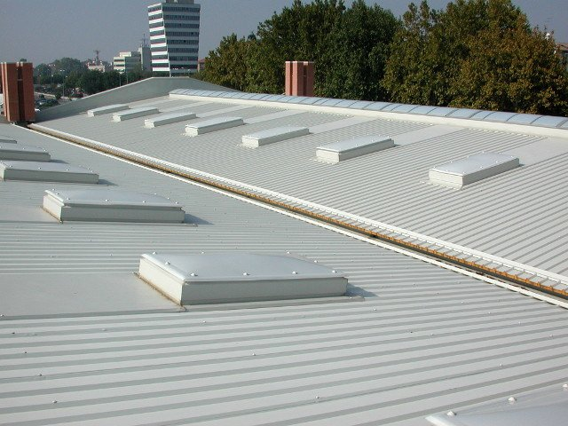 Insulated metal panel for roof ALUTECH DACH by Alubel