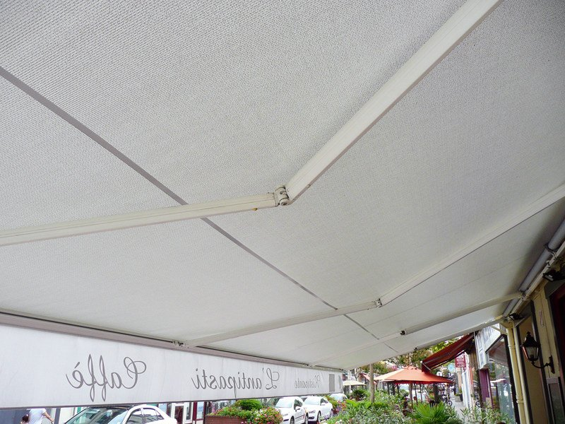 Outdoor blind / Awning SOLTIS W96 by SERGE FERRARI®