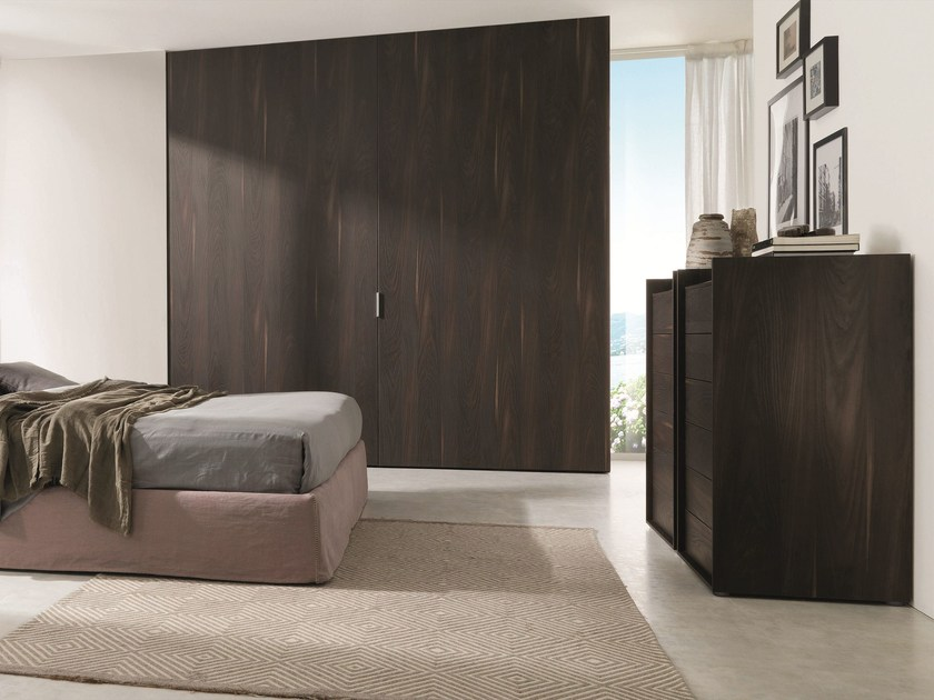 Wooden wardrobe with coplanar doors COMBI SYSTEM Z231 by Zalf