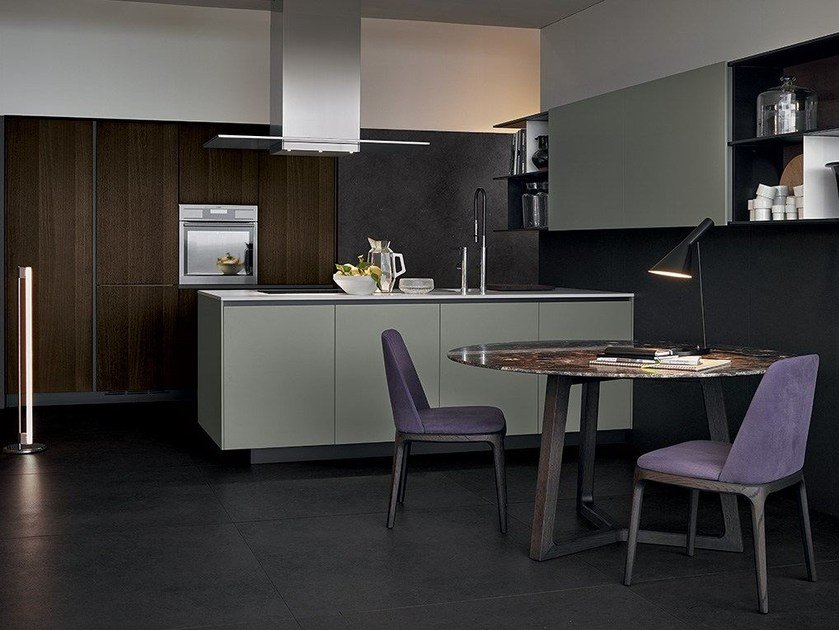 Lacquered wooden kitchen ALEA by Varenna by Poliform