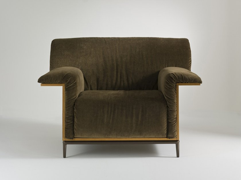Upholstered armchair with armrests SHANGRI-LA | Armchair by i 4 Mariani
