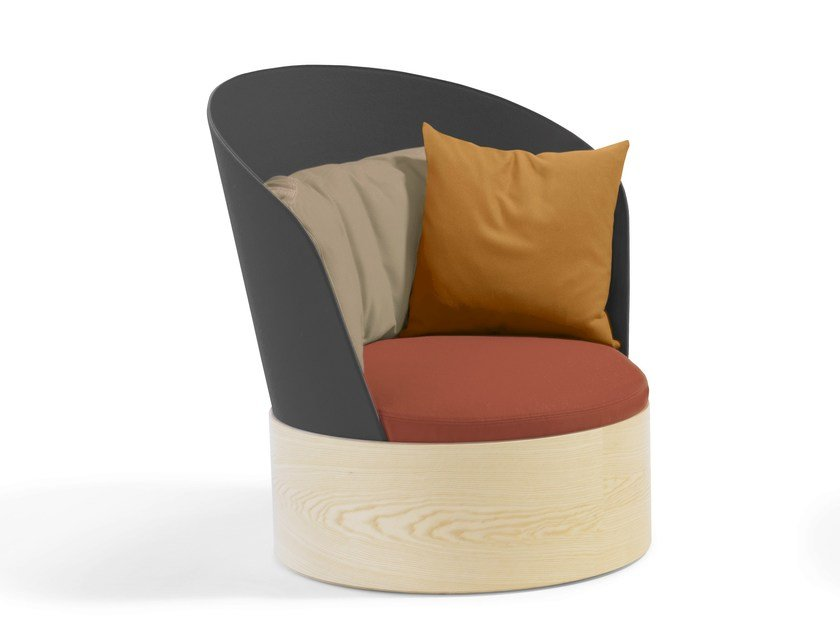 Upholstered armchair B25 | Armchair by Blå Station
