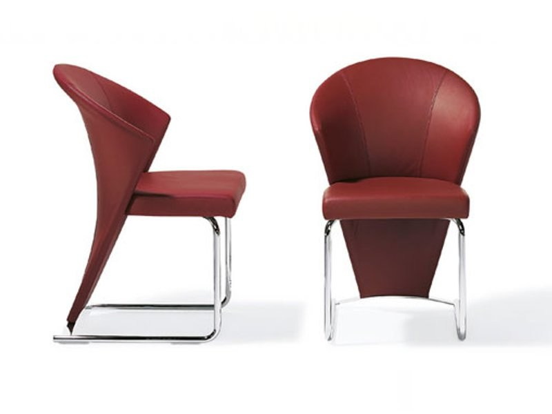 Sled base leather chair RST 34 | Chair by Ronald Schmitt