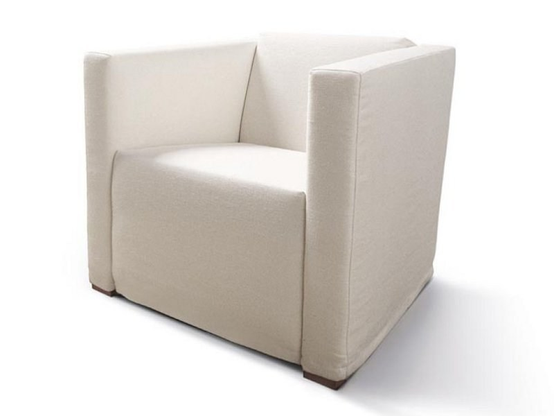 Upholstered armchair OMNIS by Désirée divani