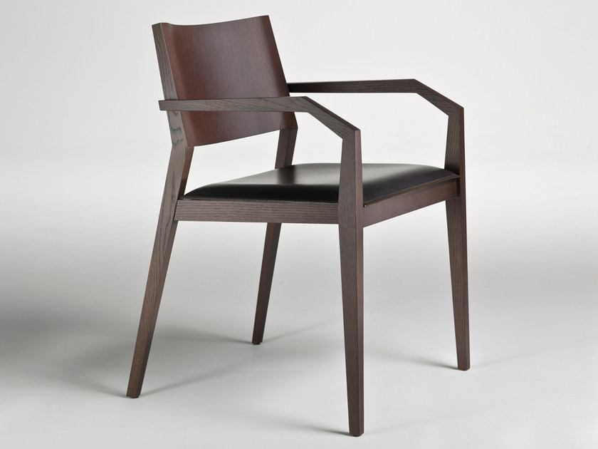 Oak chair with armrests MAGISTRA by i 4 Mariani