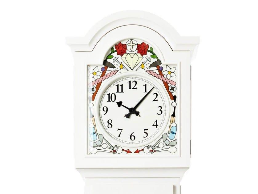 Pine clock ALTDEUTSCHE | Clock by moooi