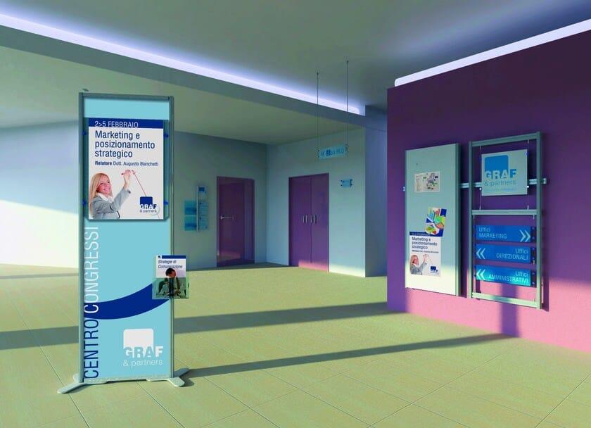 InUNO | Segnaletica Totem segnaletica per studi medici e centri InUno