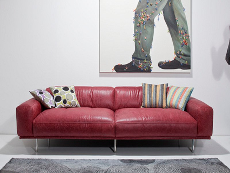 2 seater leather sofa LORENZO by KARE-DESIGN