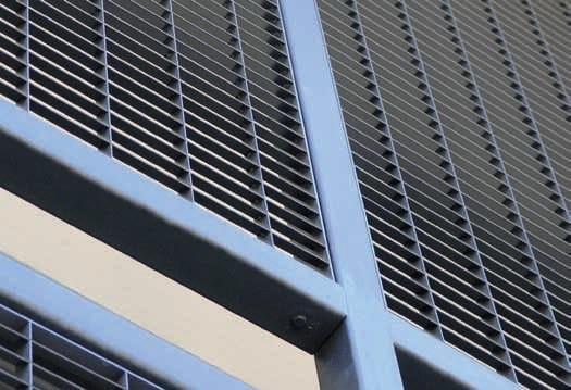 Recinzione paravista in acciaio WALL A FILO by GRIDIRON GRIGLIATI