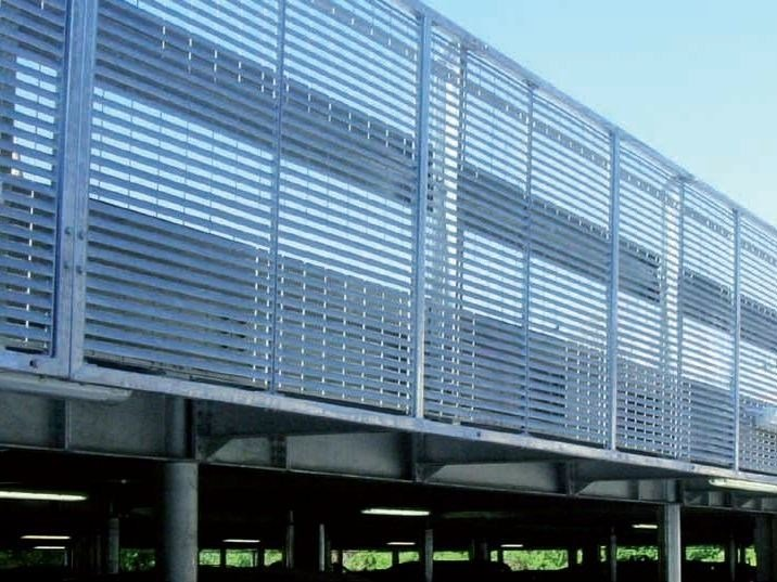 Electrically welded mesh Fence WING by GRIDIRON GRIGLIATI