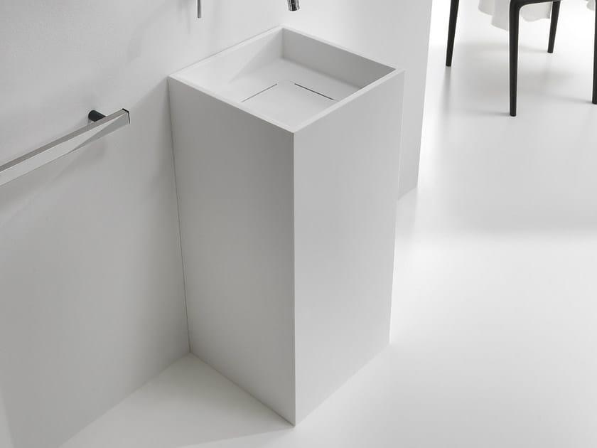 CUBO   Lavabo freestanding