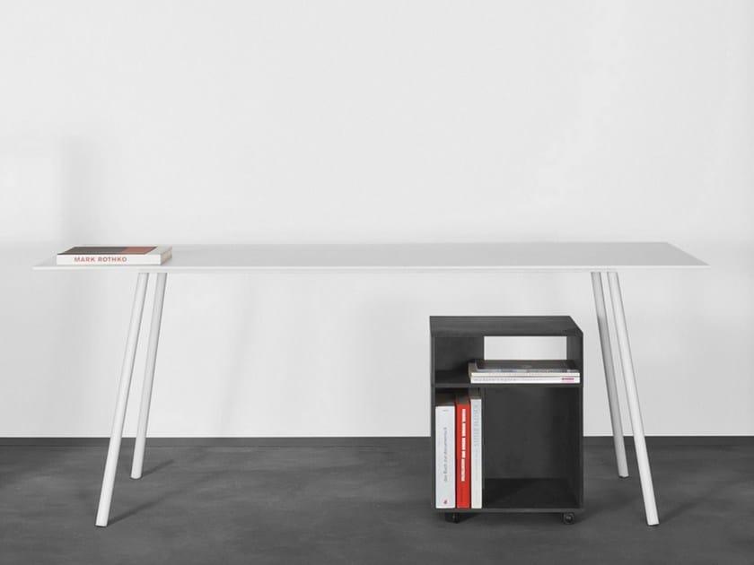 Steel table / writing desk KONTEXT by Sanktjohanser