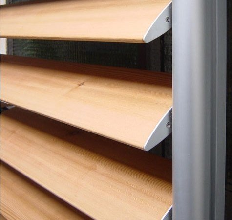 Sunscreening system for facade Wood Sunshades by BELLOTTI