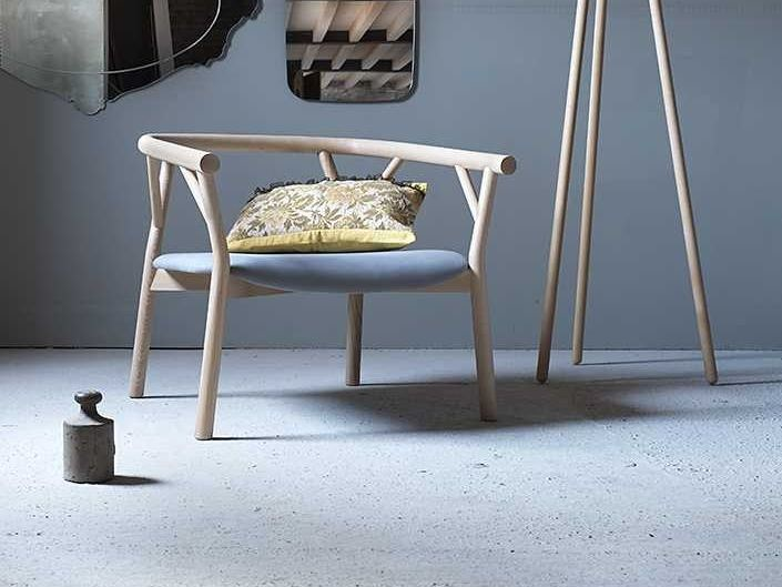 Wooden easy chair VALERIONA by Miniforms