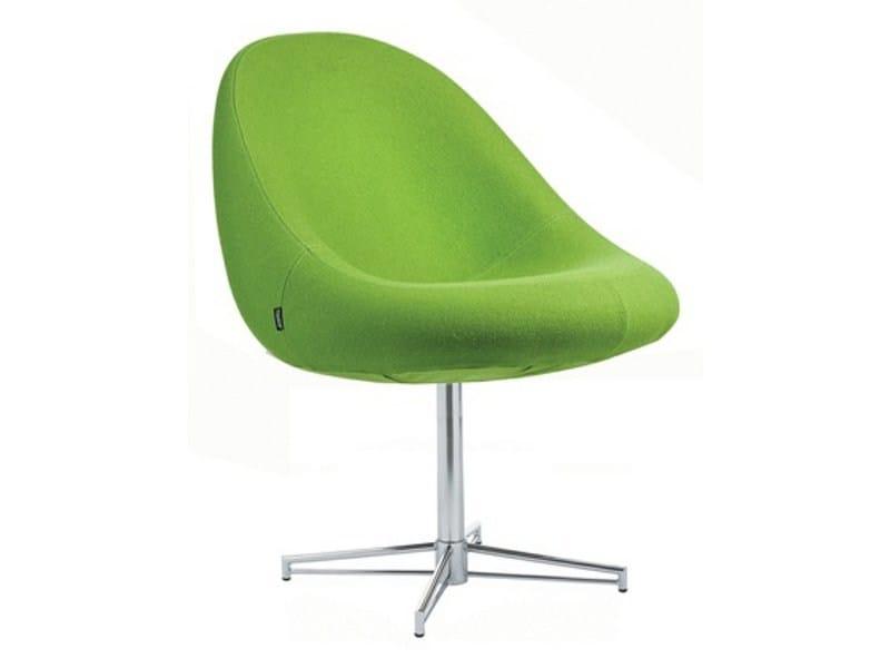 Upholstered easy chair with 4-spoke base MEDIA | Easy chair with 4-spoke base by Johanson Design