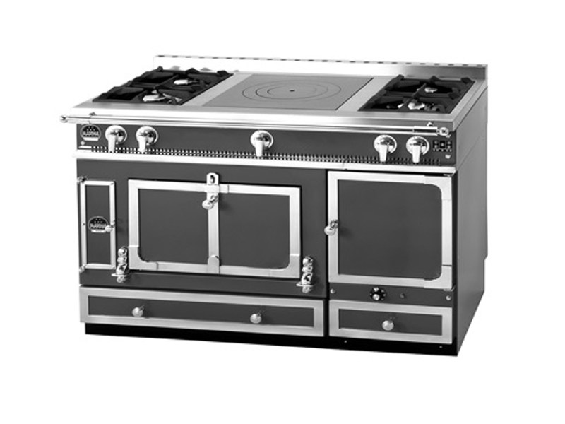 Stainless steel cooker GRAND CHÂTELET 135 by La Cornue