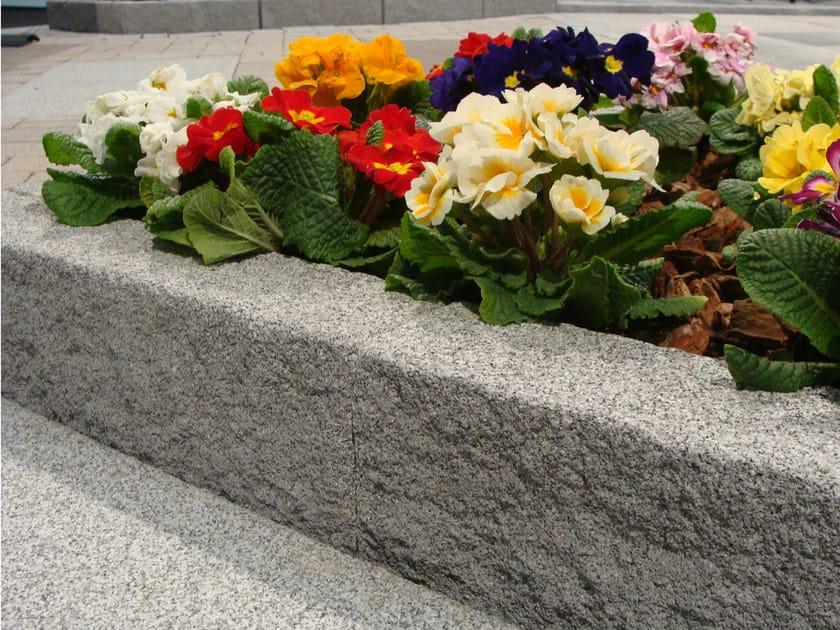 Concrete lawn edging PIETRA by M.v.b.