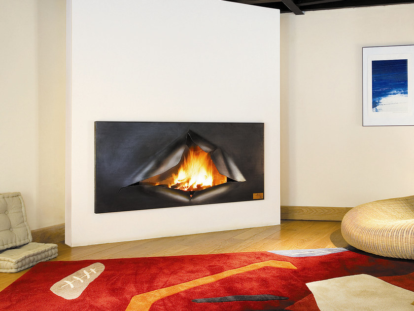 Built-in wall-mounted steel fireplace OMÉGAFOCUS by Focus creation