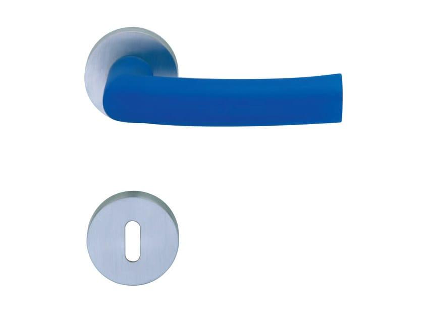 Door handle on rose with lock ODESSA | Door handle by RDS