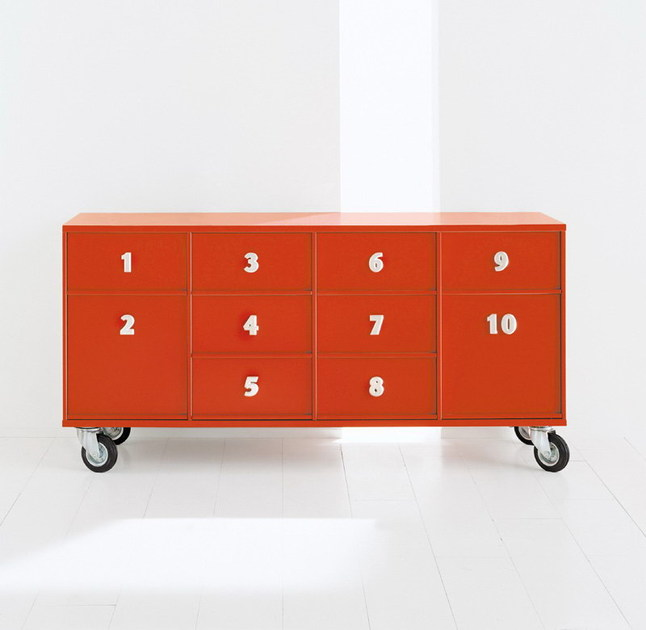 TOOLBOX Toolbox con 10 cassetti su ruote laccato opaco Rosso Bora Bora