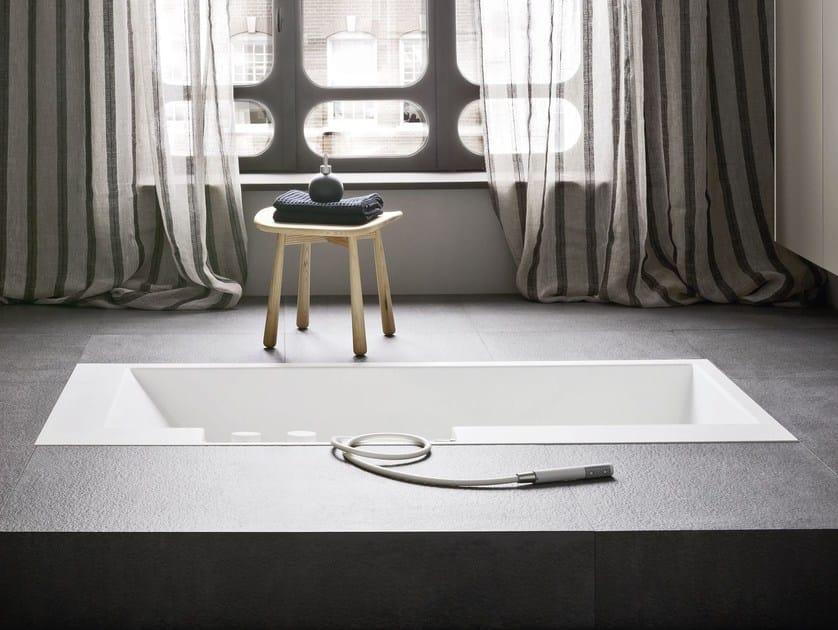 FONTE | Sgabello per bagno in frassino