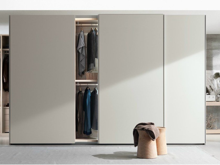 Lacquered wardrobe with sliding doors NEW ENTRY | Wardrobe with sliding doors by poliform
