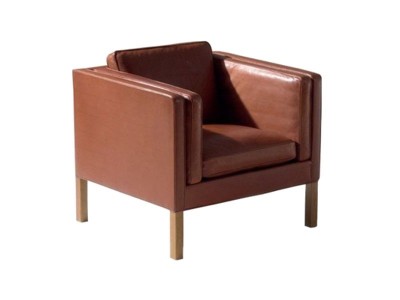 Club upholstered armchair 2334 | Club armchair by FREDERICIA FURNITURE