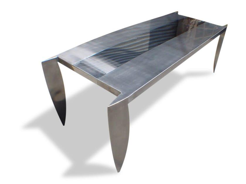 Steel table DAGGER by ICI ET LÀ