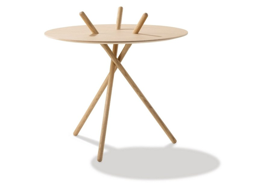 Round table MICADO by FREDERICIA FURNITURE
