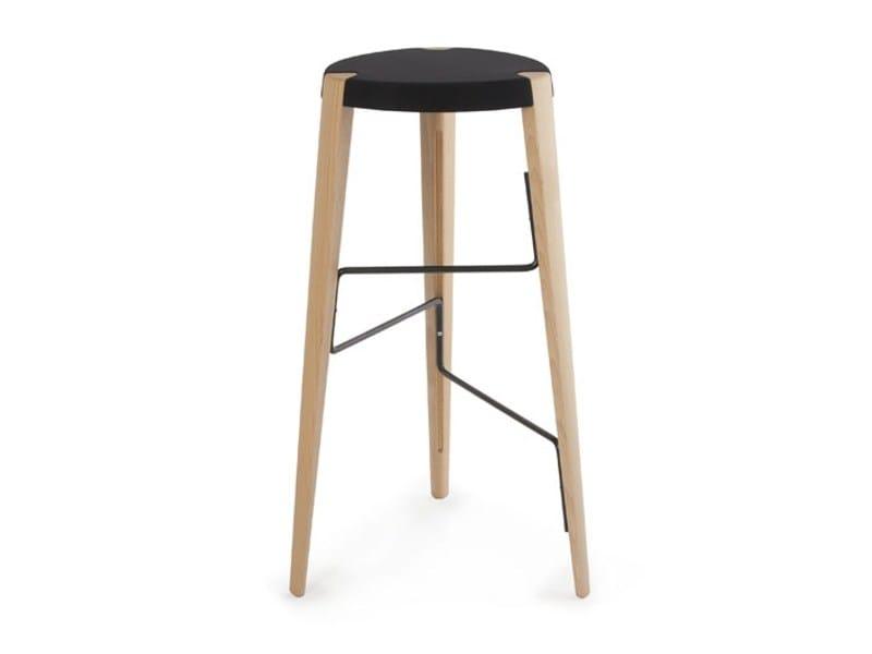High beech stool SPUTNIK by Zilio A&C