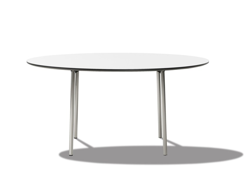 Folding table EASY | Round table by FREDERICIA FURNITURE