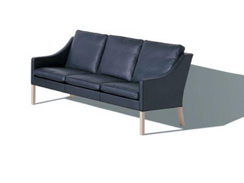3 seater sofa 2209 | 3 seater sofa by FREDERICIA FURNITURE