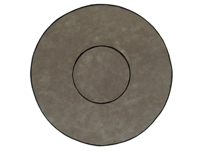 Round wool rug RING by NOW CARPETS
