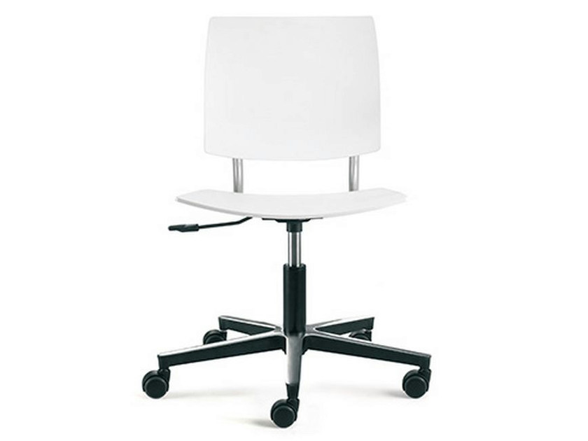 Task chair with 5-Spoke base with casters BIO-L | Task chair by ENEA