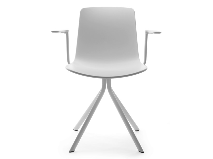 Trestle-based chair with armrests SPIN | Chair with armrests by ENEA