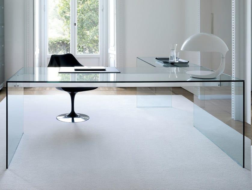 Crystal writing desk air desk l by gallotti radice design for Escritorio de vidrio