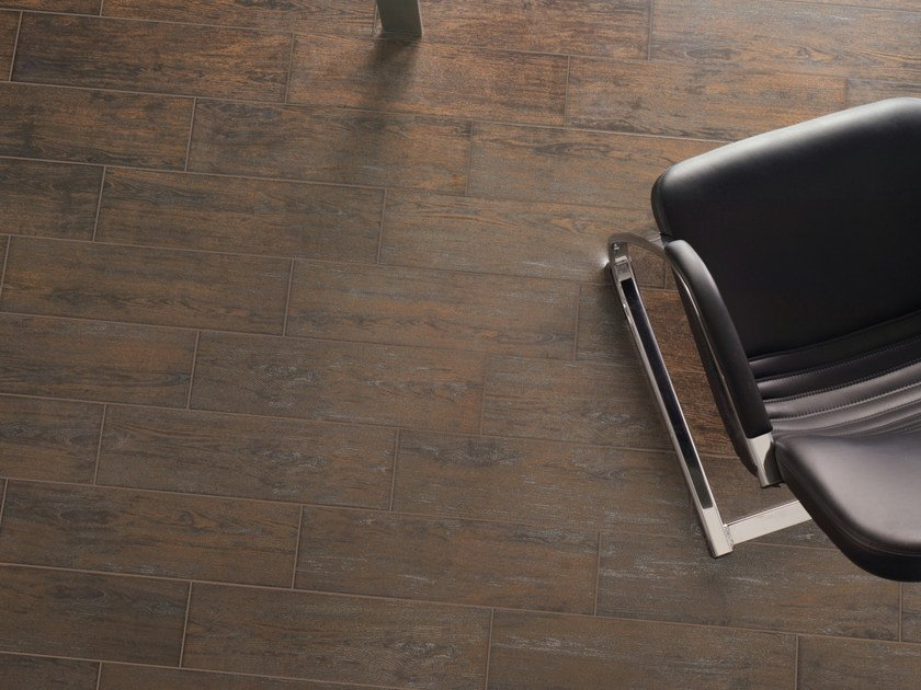 Porcelain stoneware flooring with wood effect METAL WOOD by REALONDA