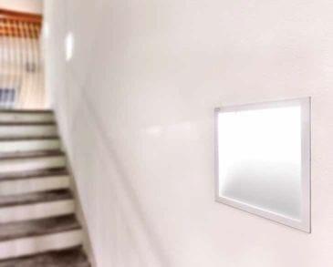 Lucifero's A Window Segnapasso Verniciato In Metallo Parete knOP0w