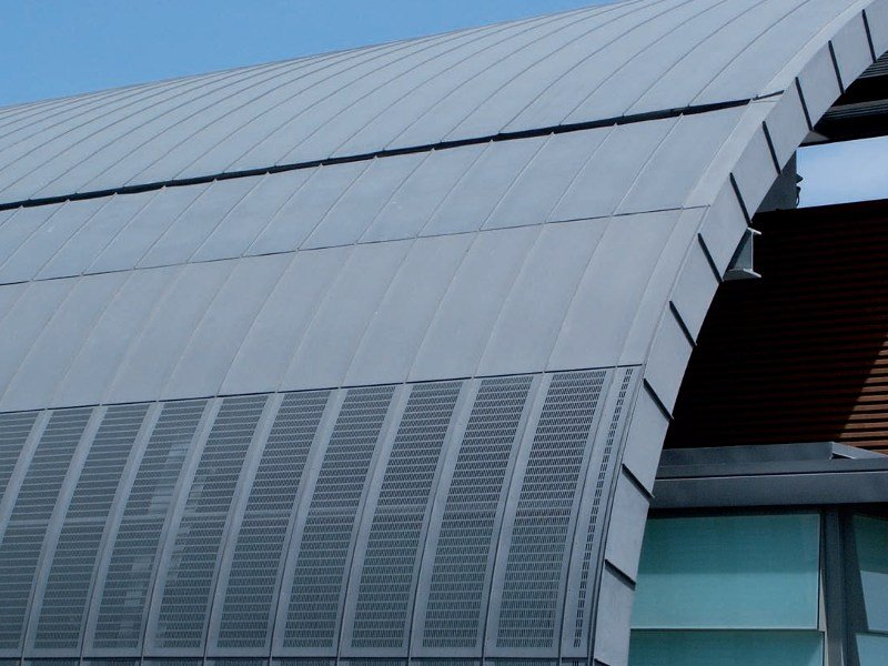Insulated metal panel for roof COMPACT by UMICORE VMZINC