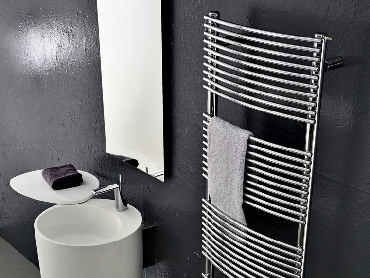 Wall-mounted carbon steel towel warmer BD_BEND by ANTRAX