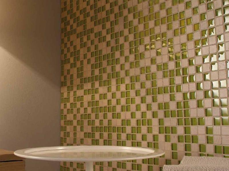 Mosaico composto da tessere quadrate di diverso materiale MIX by Mosaico+