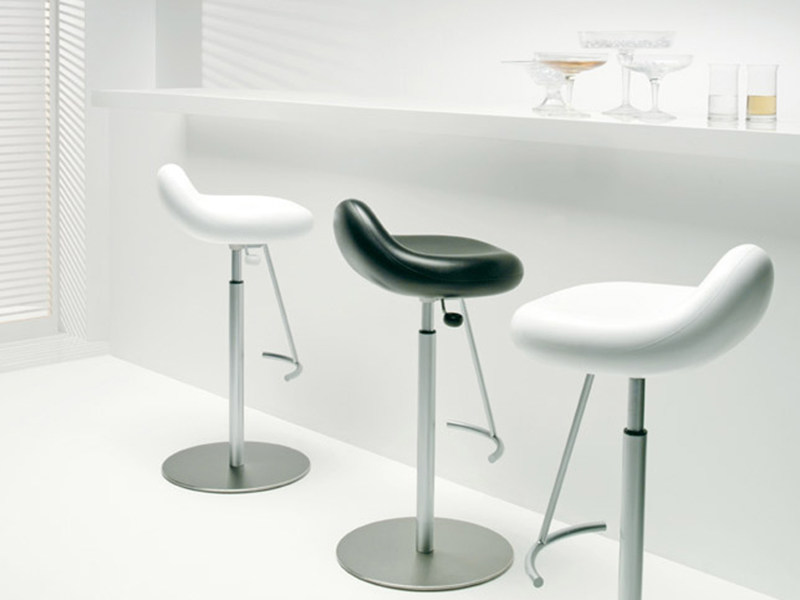 High barstool BLOOB | Swivel stool by ESTEL GROUP