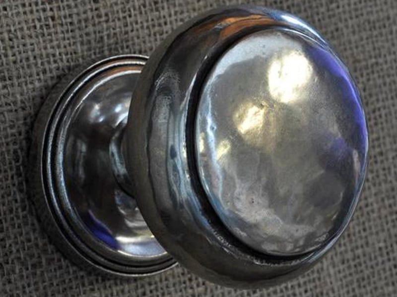 Britannia metal door knob OVALE | Door knob by GIARA