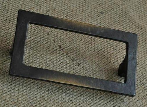QUADRA   Maniglia per mobili MAFR-102-AZ