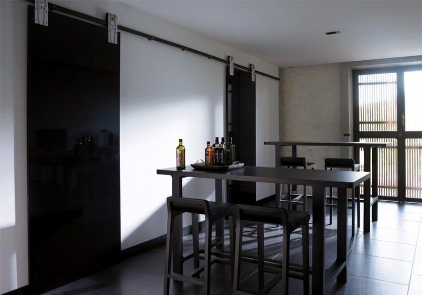 EMEA | Tavolo alto