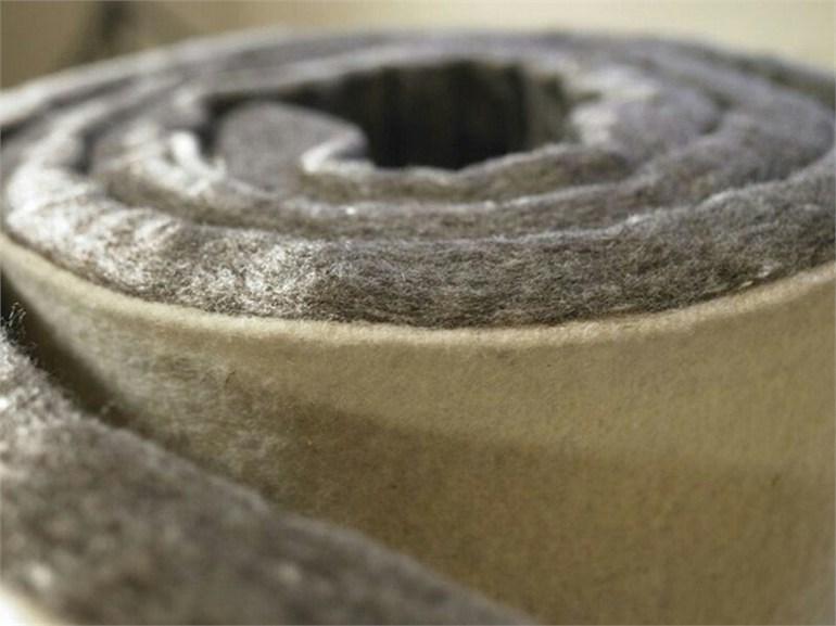 Natural insulating felt and panel for sustainable building KLIMALAN PLUS by NORDTEX