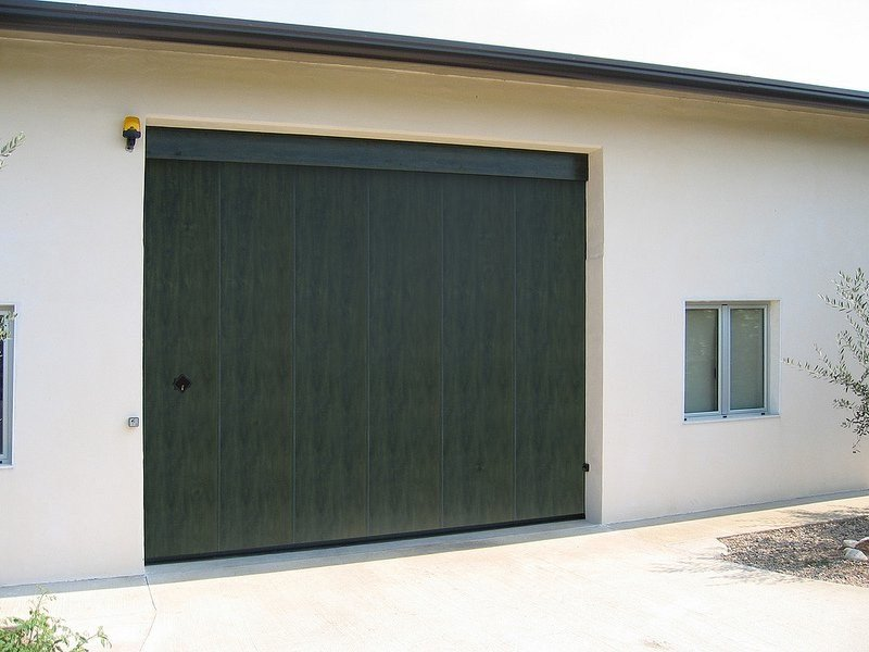 Side Sectional Garage Door Phenix By Breda