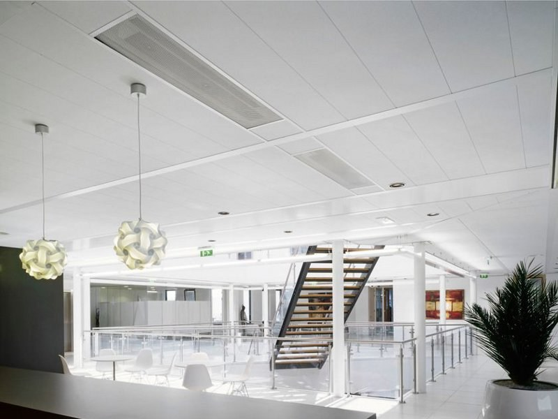 Sound absorbing ceiling tiles SIERRA OP by Armstrong