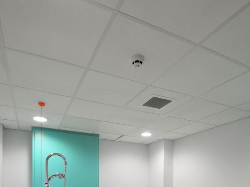 Ceiling tiles for healthcare facilities HYDROBOARD by Armstrong