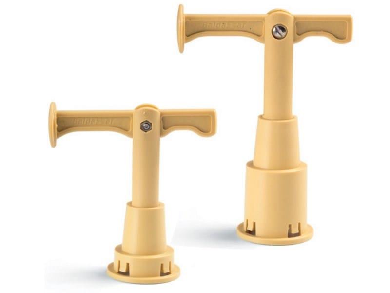 Lifting system for manholes EUROCLIPPER® by GRIGLIATI BALDASSAR